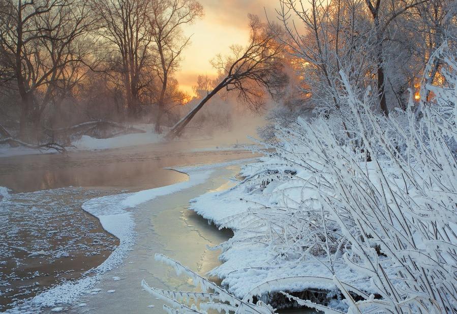 Удивительная красота зимы в разных местах России