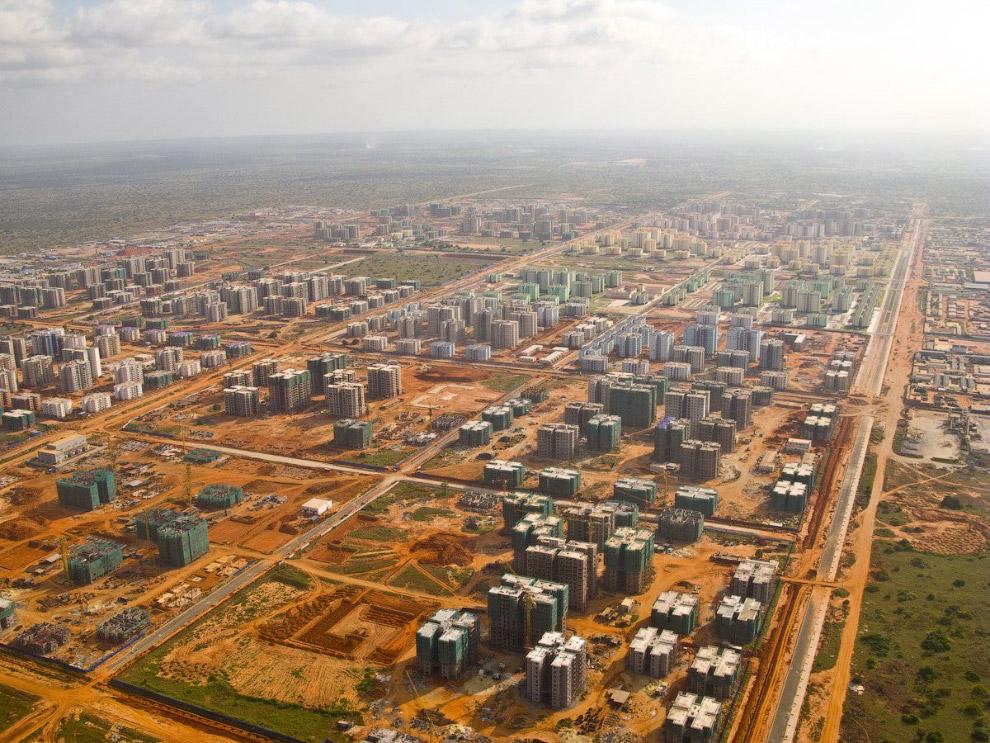 Застроенные города, в которыx никто не живет