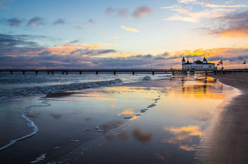 Красота пляжа Альбек в разное время суток