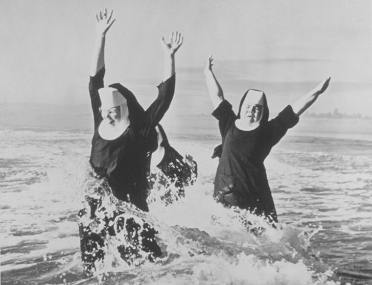 Монашкам тоже положено отдыхать и развлекаться