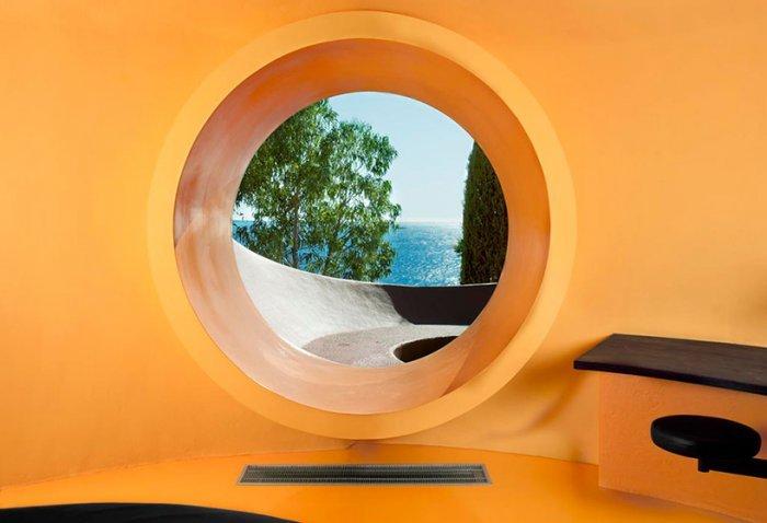 Дворец пузырей - дом в честь памяти венгерскому архитектору Аннти Ловагу