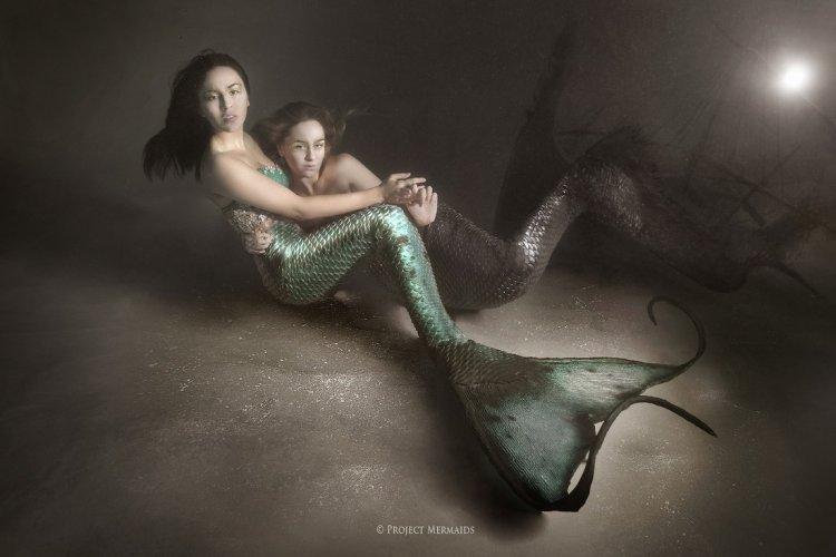 Фотографы из Италии превратили девушек в русалок
