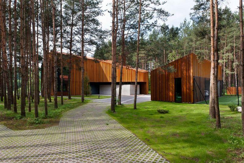Особняк в литовском лесу