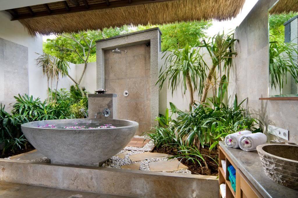 12 уникальных и удивительных ванных комнат