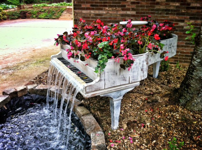 Потрясающие предметы декора для дома и сада из ненужного хлама