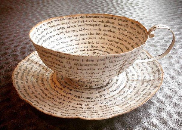 Бумажные предметы из старых книг