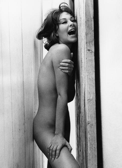 Черно-белая эротика от английского фотографа