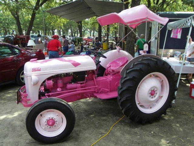 Картинка смешных тракторов