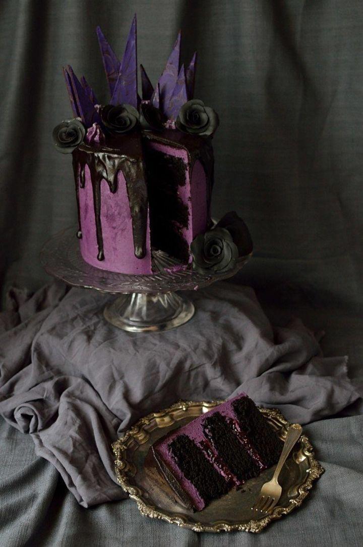 17 мрачных тортов для жутких мероприятий