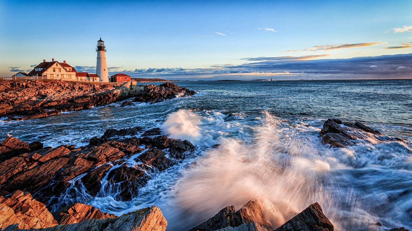 15 самых красивых маяков мира с невероятными пейзажами