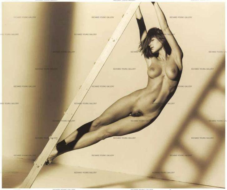 Эротические снимки от Джона Своннела