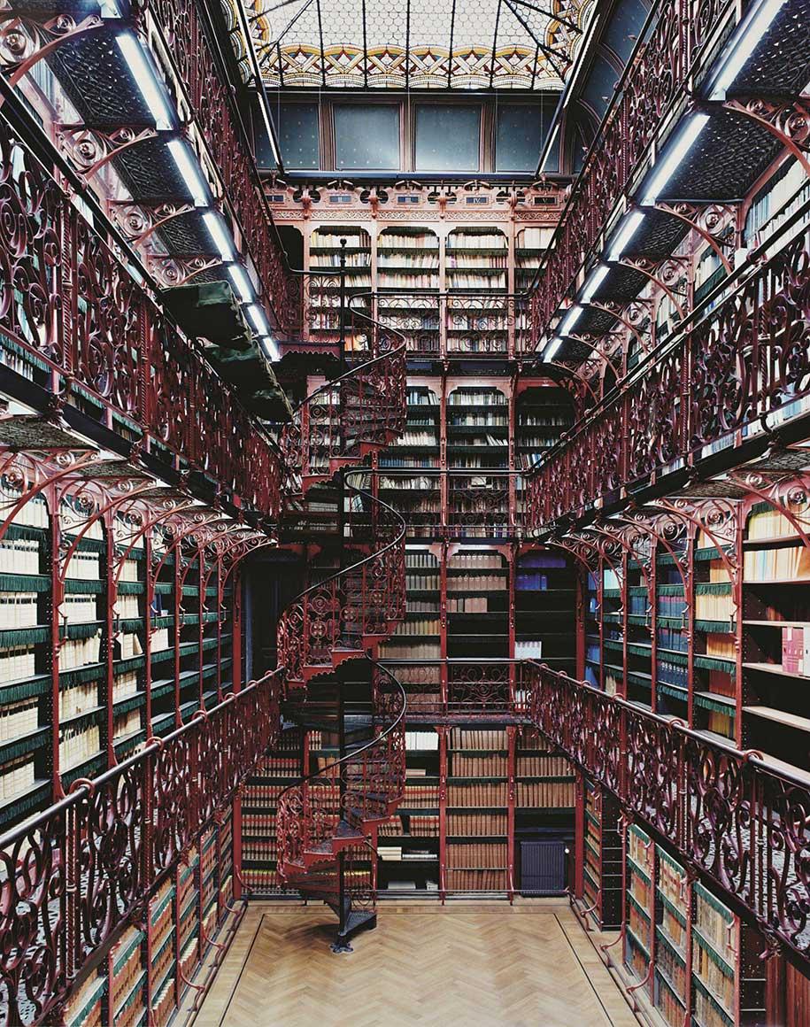 13 красивейших библиотек мира