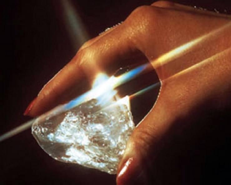 10 самых крупных алмазов в мире