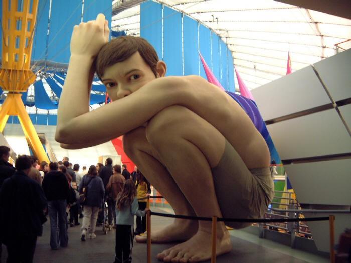 Гиперреалистичные скульптуры от Ron Mueck