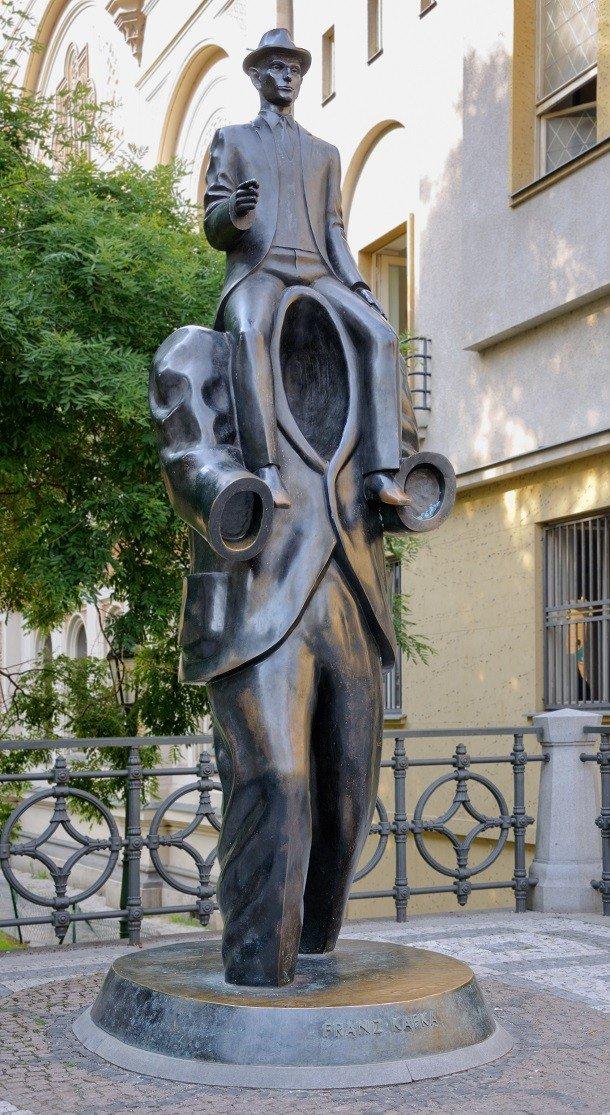 Странные статуи из всех когда-либо созданных