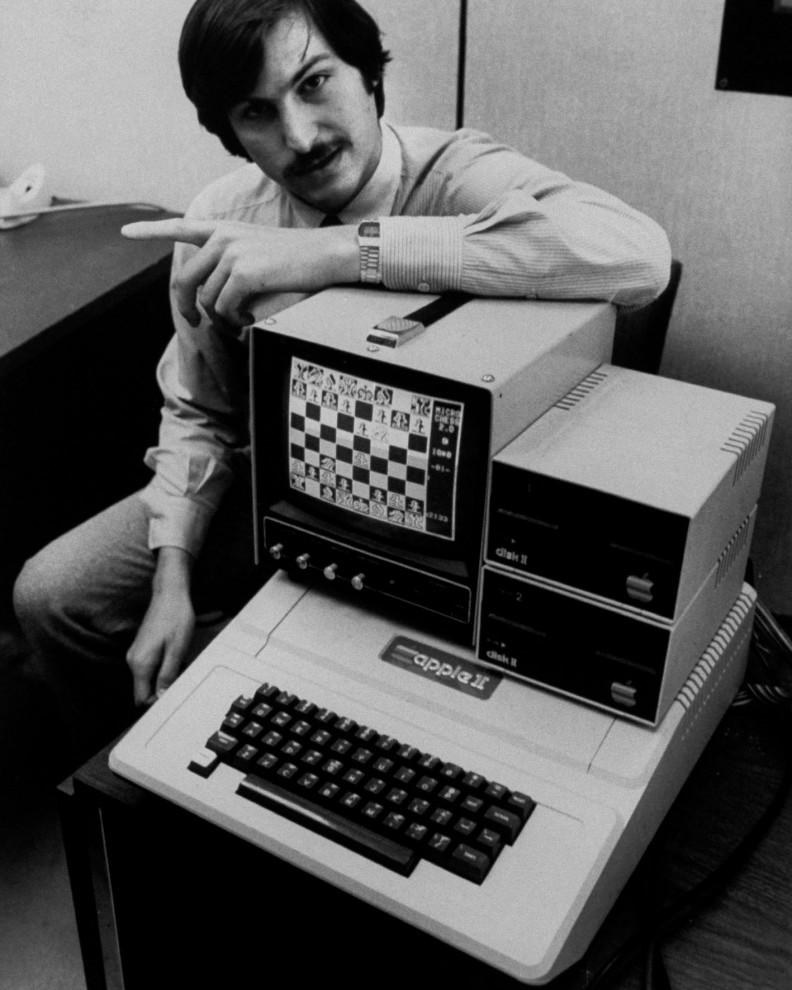 40 лет со дня основания Apple