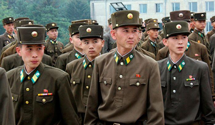 Сбежавшая из КНДР девушка рассказала о порядках в армии этой страны