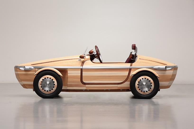 Toyota представили концепт с кузовом из дерева