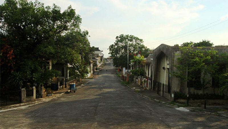 Роскошное кладбище с многоэтажными могилами