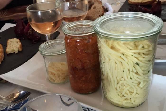 32 фотографии демонстрируют разницу между обычной и хипстерской едой