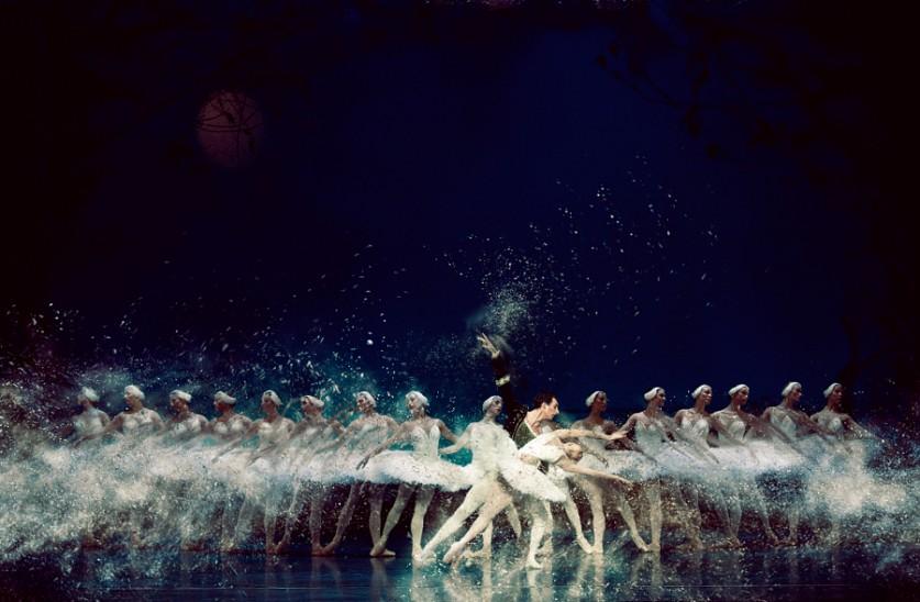 Фотографии танцоров в движении от Пистола Уиша