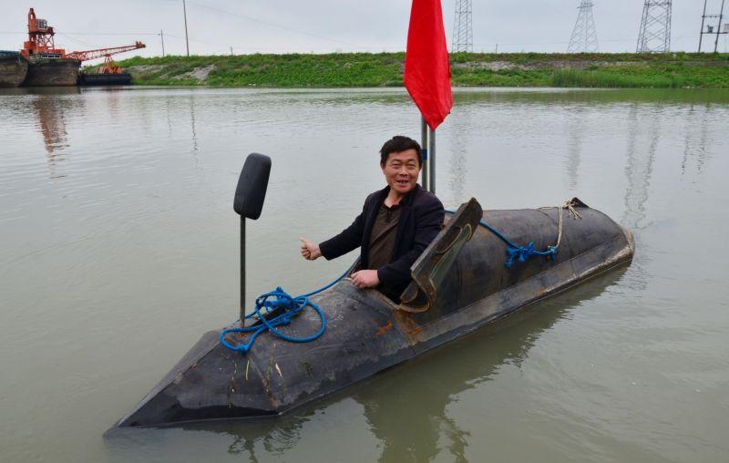 Сельский изобретатель построил собственную подводную лодку за пару месяцев