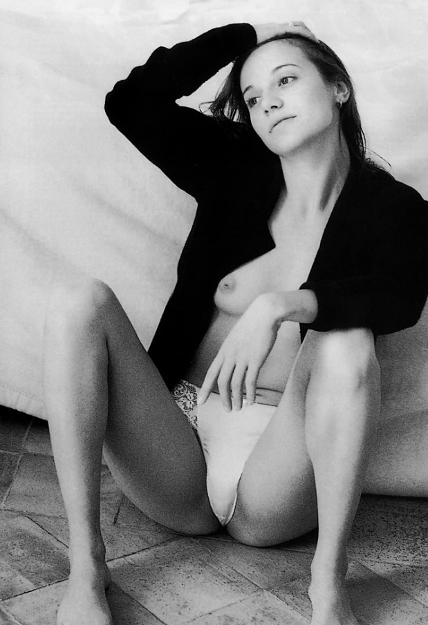 Чёрно-белые портретные и ню фотографии от Жана-Франсуа Жонвиля