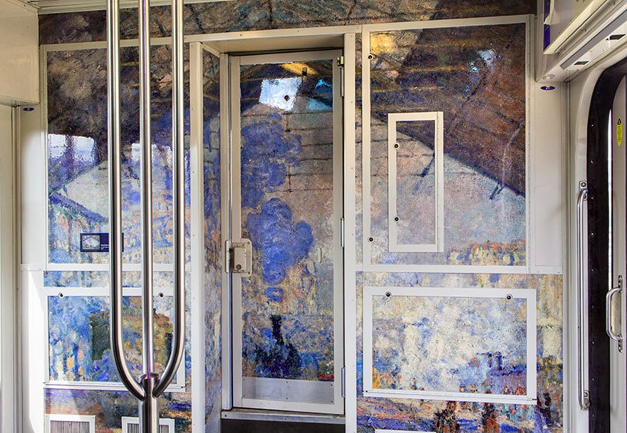 Интерьеры французских поездов превратились в художественные музеи