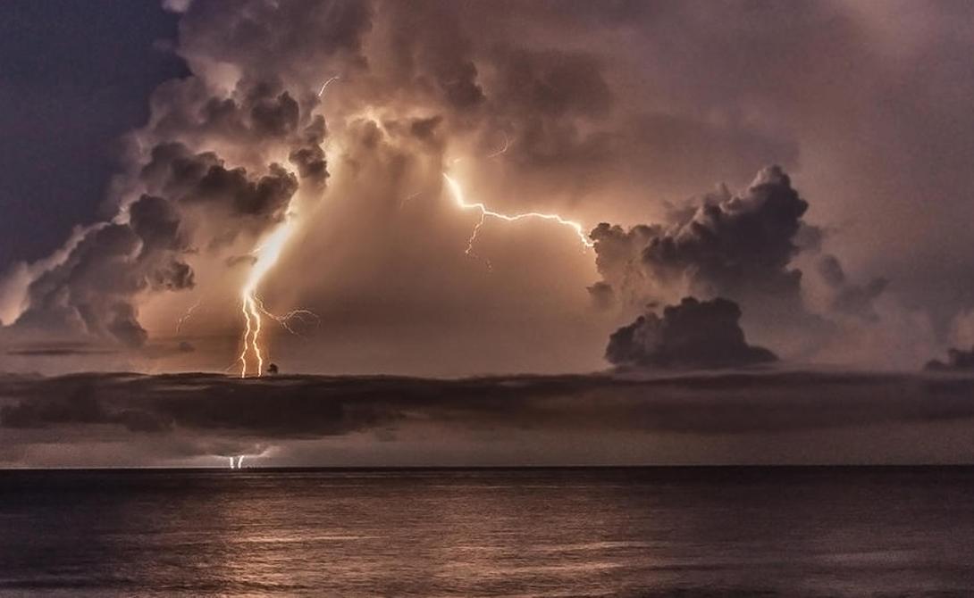 Места, где встречаются самые большие молнии в мире