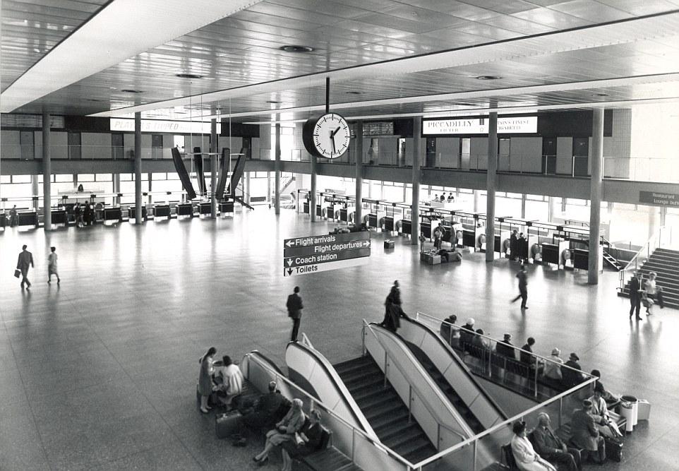 Исторические фотографии знаменитостей в лондонском Аэропорту Гатвик