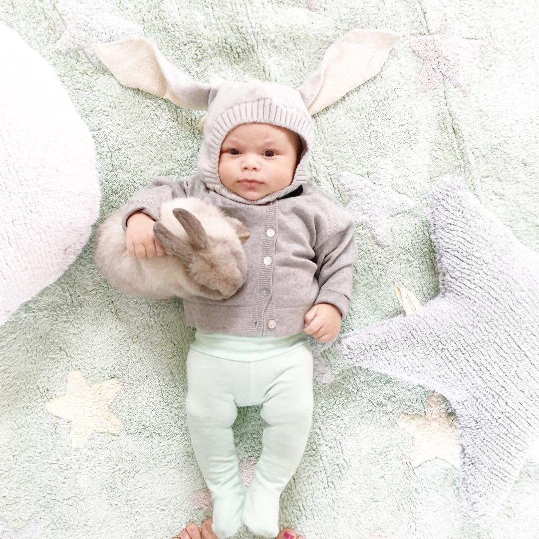 Малыши и кролики на фотографиях от Линдси Боннис