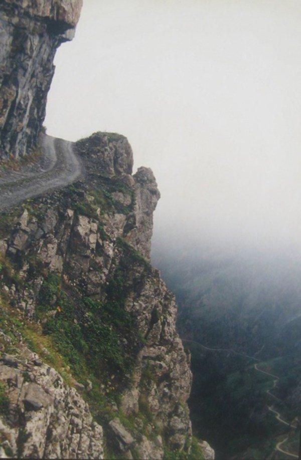 9 самых опасных дорог мира