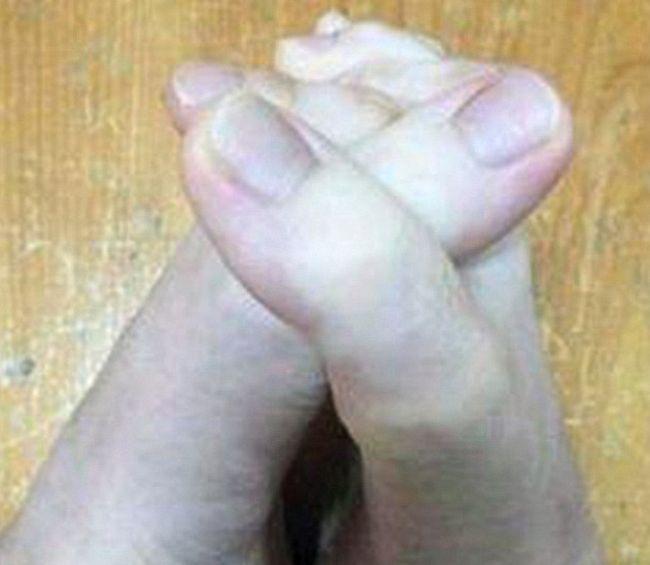 Студентка из Тайваня удивила пользователей сети фотографией своих пальцев ног