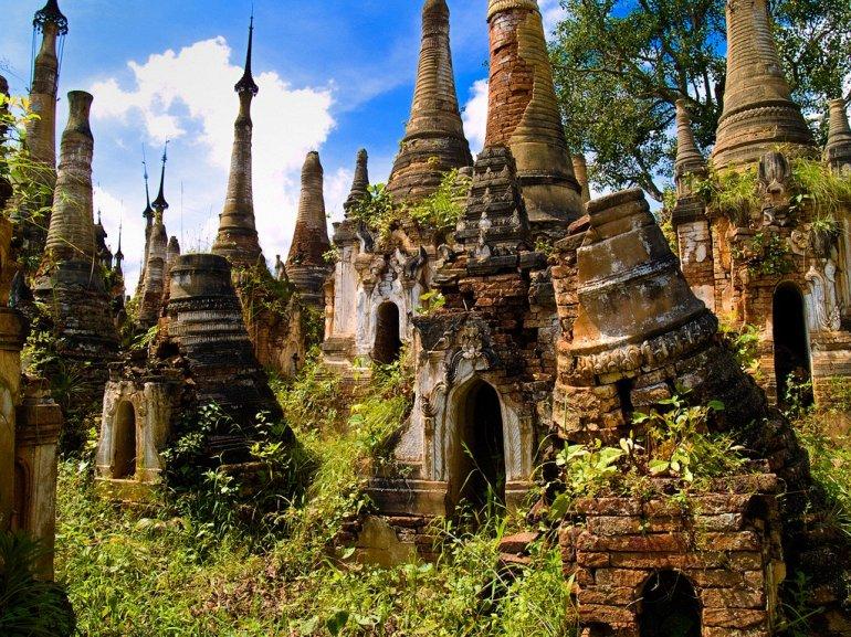 Деревня храмов в Мьянме