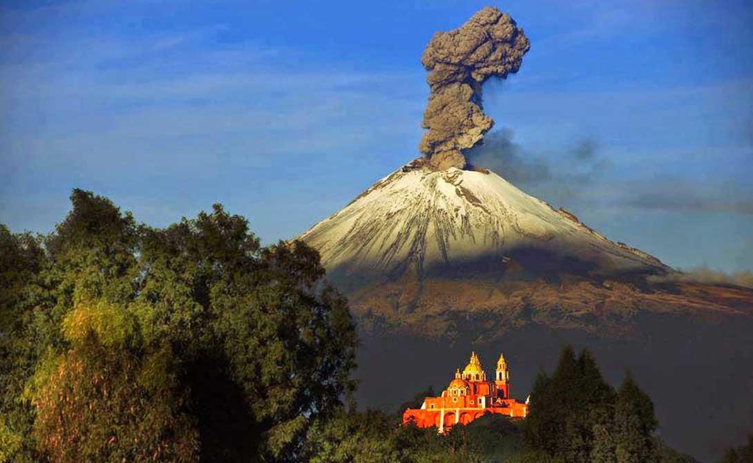Опасные вулканы, готовые взорваться в любой момент