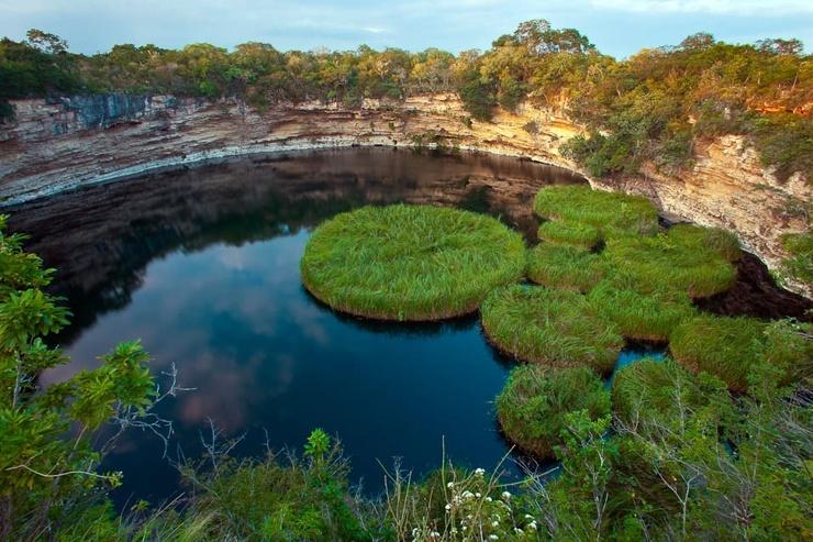10 самых глубоких мест на Земле