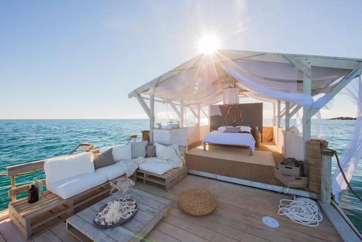 Апартаменты на понтонах на Большом Барьерном рифе