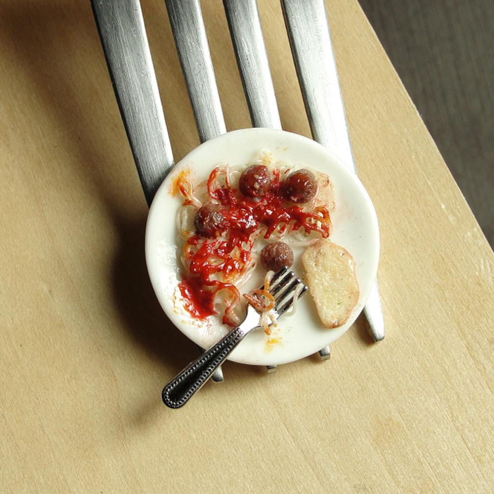 Невероятно реалистичные мини-скульптуры еды из глины