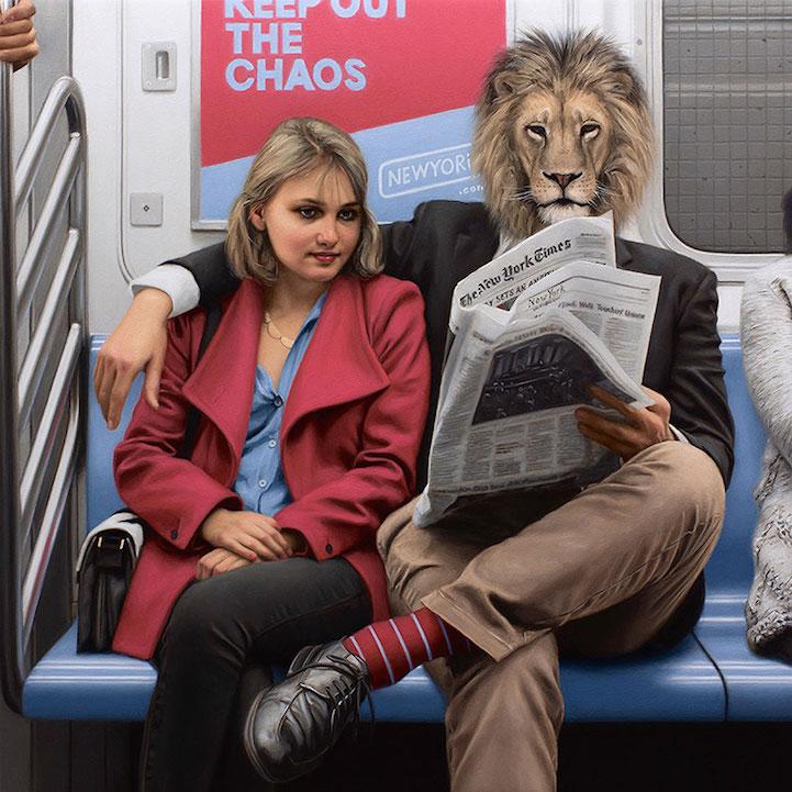 Пассажиры Нью-Йоркского метро под масками диких зверей