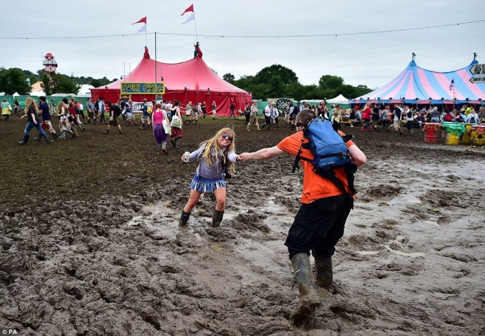 Гластонбери 2016 - грязь не остановила английских меломанов