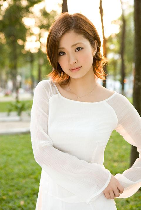 25 самых красивых и знаменитых японок