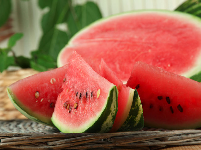 Как выглядели привычные овощи и фрукты, пока человек их не одомашнил