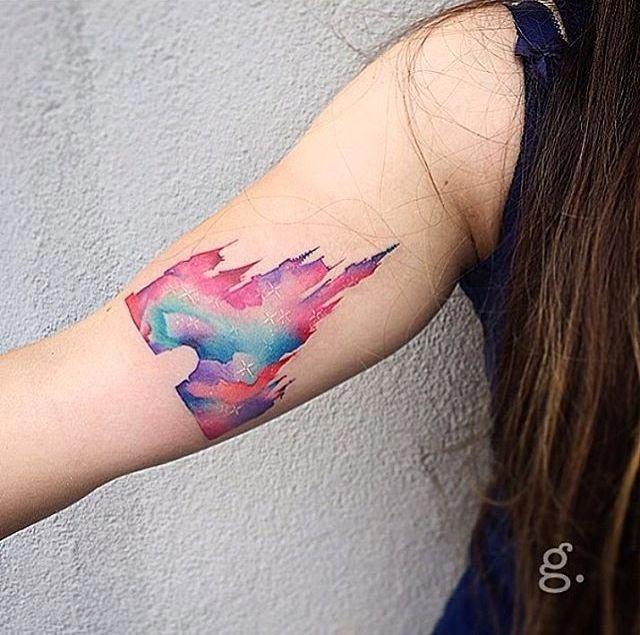 Минималистичные татуировки посвящённые диснеевским мультфильмам