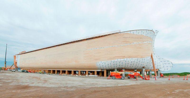 В библейском парке построили копию Ноева ковчега