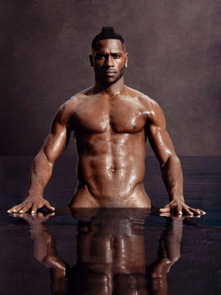 Naked black guys fight — photo 10