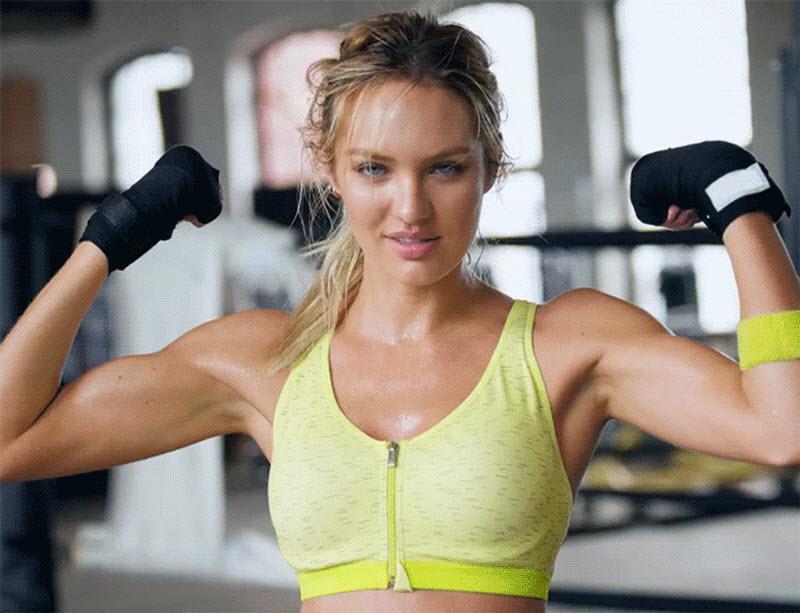 Гифка спортивная девушка