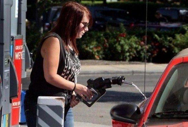 Женщины за рулем и необычные происшествия
