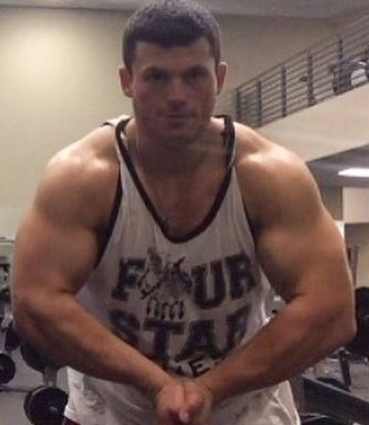 Парень, страдавший от ожирения, похудел на 95 кг