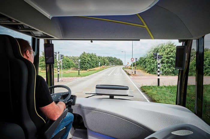 Автобус будущего от Mercedes-Benz