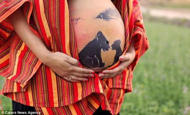 Невероятные картины на животах беременных женщин